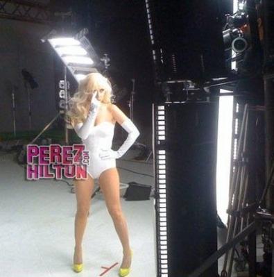Video Phone (feat. Beyoncé)