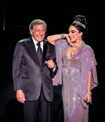 Cheek To Cheek Tour